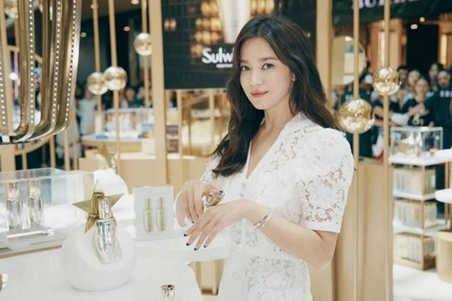 Hình ảnh hiếm hoi của Song Joong Ki sau khi ly hôn - 5