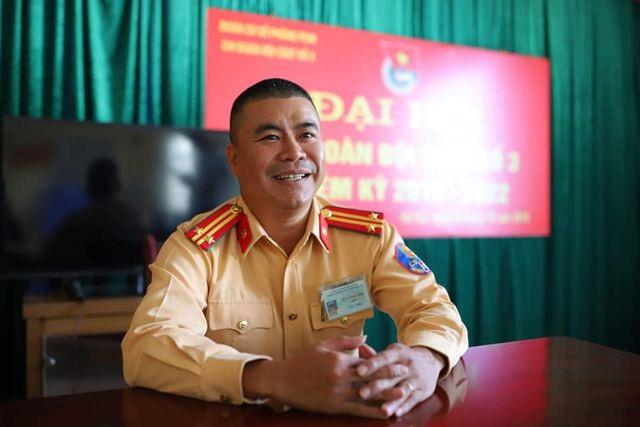 Phó Thủ tướng gửi thư khen CSGT cứu người trong vụ cháy xe Mercedes - 2