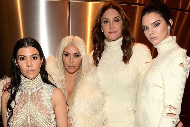Sau khi chuyển giới, Caitlyn Jenner vẫn được con gọi là bố - 2