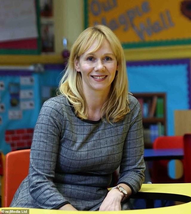 Giáo viên đề nghị học sinh quyên góp giúp đỡ người nghèo thay vì mua quà tặng cô - 2