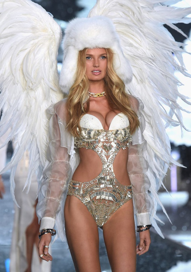 """39 bức ảnh ghi lại sự thay đổi của """"thiên thần Victoria's Secret"""" qua năm tháng - 40"""