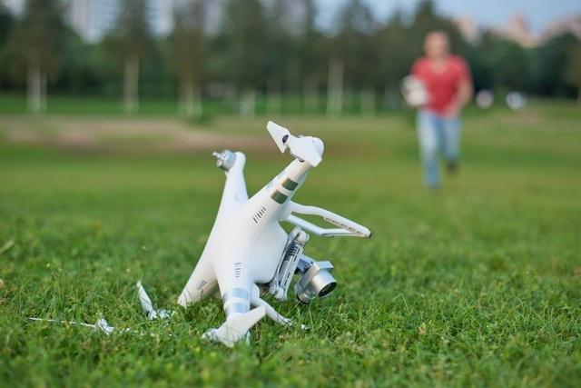 Chàng trai chịu phạt gần 500 triệu đồng vì lái nhầm drone  - 1