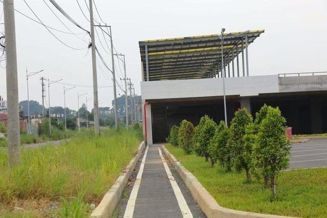 Bến xe xây xong mà chưa được khai thác vì vướng thủ tục - 3