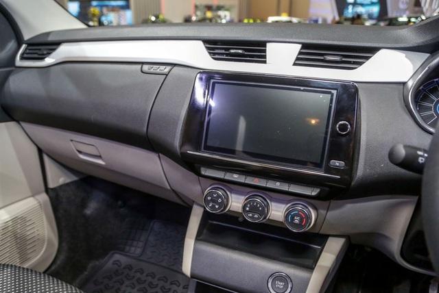 Renault nhảy vào cuộc chơi MPV 5+2 cùng Mitsubishi Xpander - 20