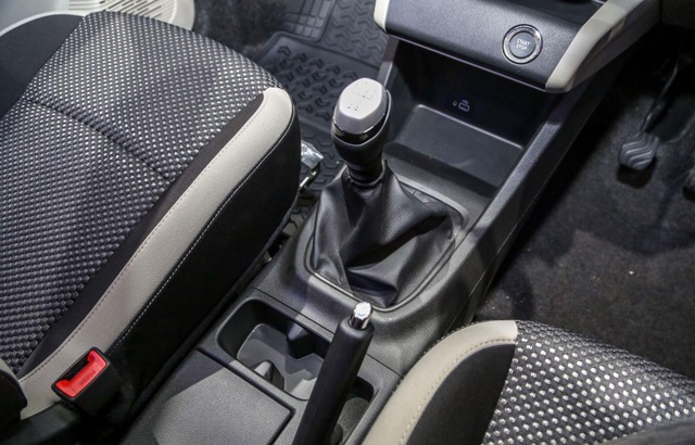 Renault nhảy vào cuộc chơi MPV 5+2 cùng Mitsubishi Xpander - 19