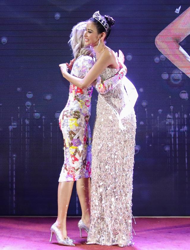 Hoàng Thùy đặt mục tiêu giành vương miện Hoa hậu Hoàn vũ - 3