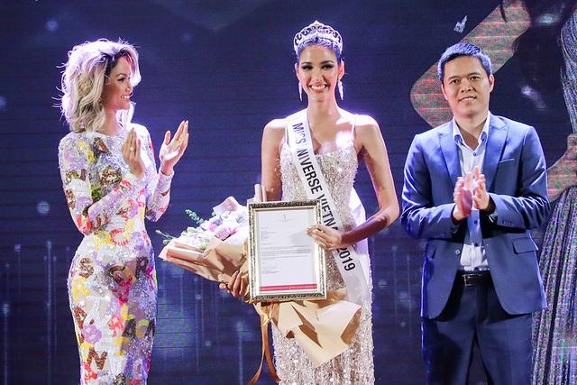 Hoàng Thùy đặt mục tiêu giành vương miện Hoa hậu Hoàn vũ - 4