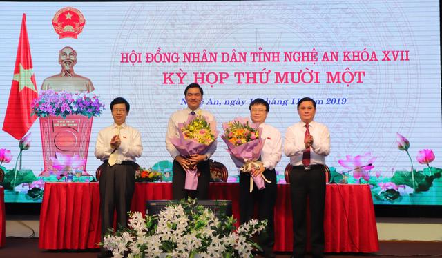 Thủ tướng phê chuẩn bầu bổ sung hai Phó Chủ tịch UBND tỉnh Nghệ An - 2
