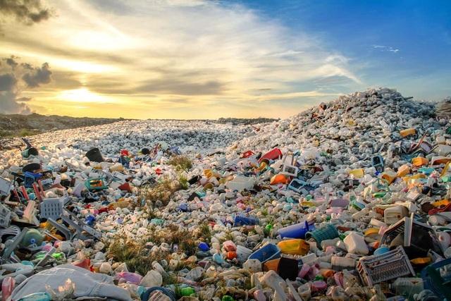 Doanh nghiệp Việt đặt mục tiêu mỗi năm giảm 300 tấn rác nhựa dùng một lần  - 1