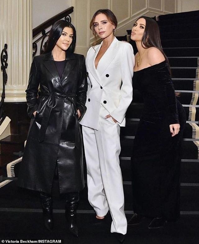 Victoria Beckham gặp chị em cô Kim trong sự kiện - 3