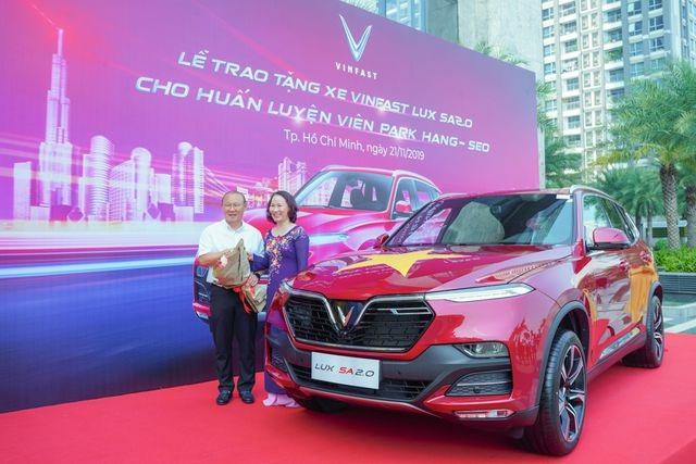 Điều đặc biệt ở 4 mẫu xe mà doanh nghiệp tặng ông Park Hang Seo - 4