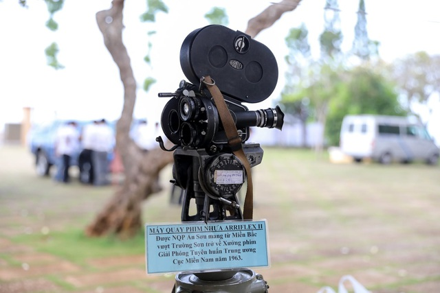 Cận cảnh những máy quay thô sơ đã làm nên nhiều bộ phim kinh điển - 4