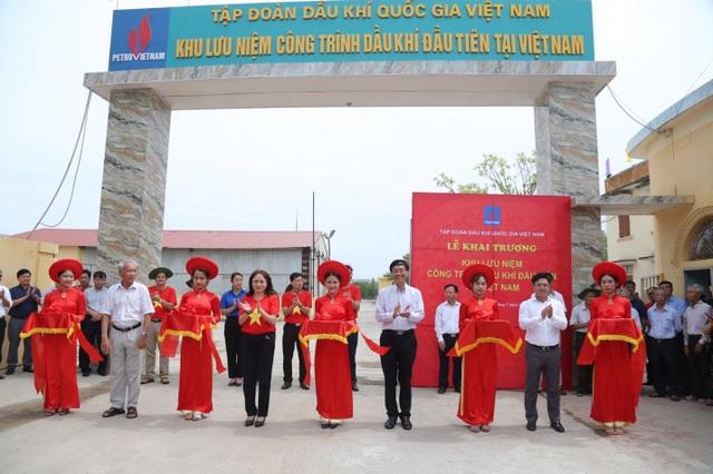 Khai trương Khu lưu niệm công trình Dầu khí đầu tiên tại Việt Nam - 1