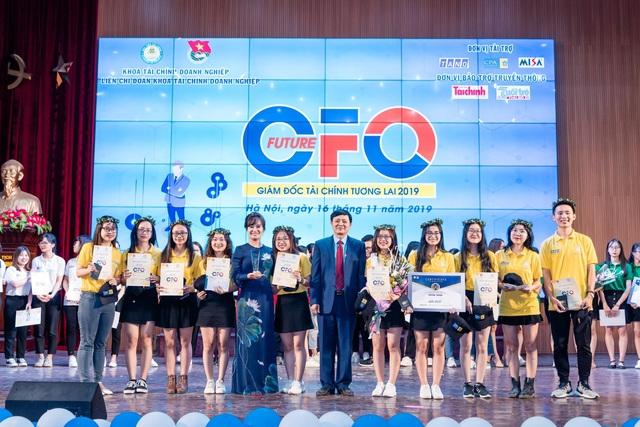 Đưa Chí Phèo, chú Cuội lên sân khấu, sinh viên trổ tài làm giám đốc tài chính tương lai - 9