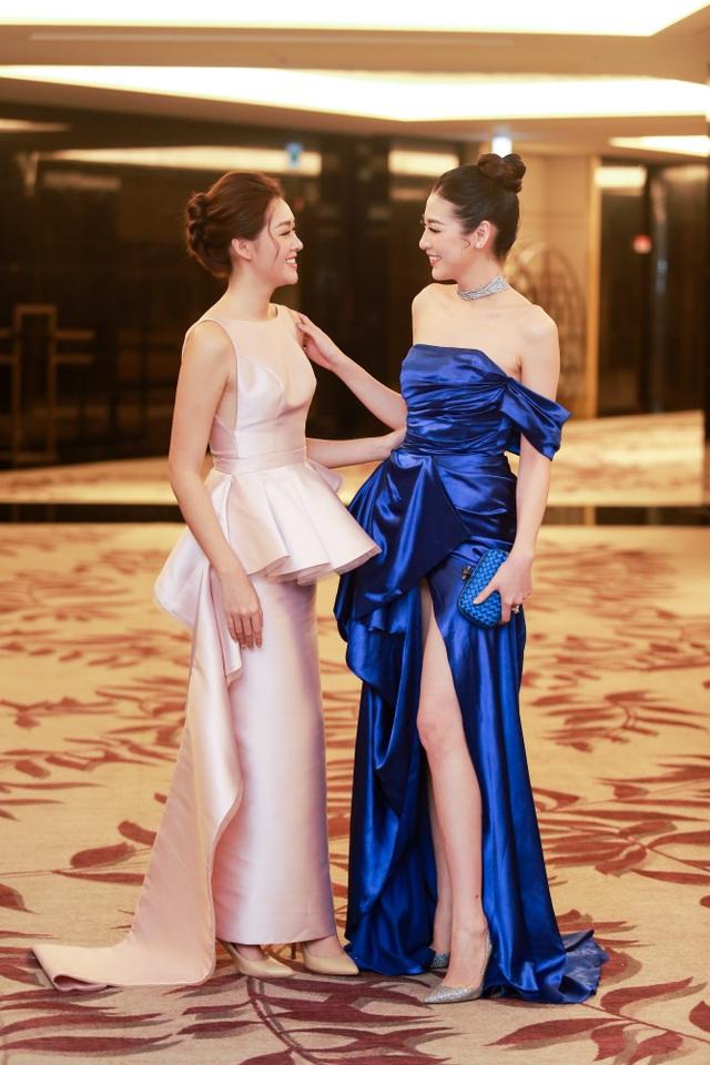 Tường San rạng rỡ xuất hiện sau thành tích Top 8 Hoa hậu Quốc tế - 4