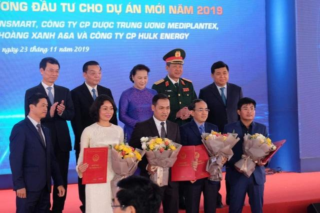 Chủ tịch Quốc hội: Khu CNC Hòa Lạc cần tạo sức cạnh tranh của công nghệ Việt - 2