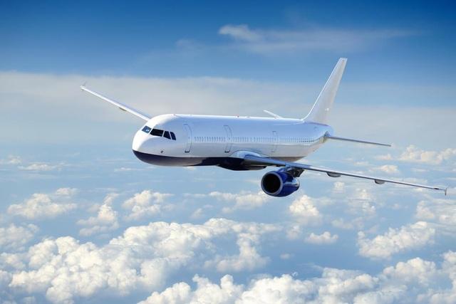 Vì sao hầu hết máy bay thương mại đều sơn màu trắng? - 1