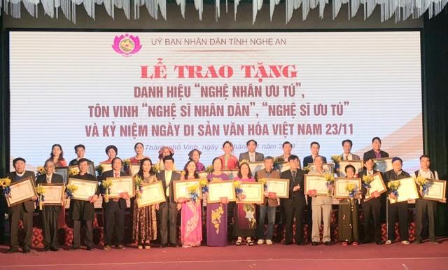 Nghệ An: Tổ chức Lễ trao tặng danh hiệu Nghệ nhân ưu tú cho 26 cá nhân - 1