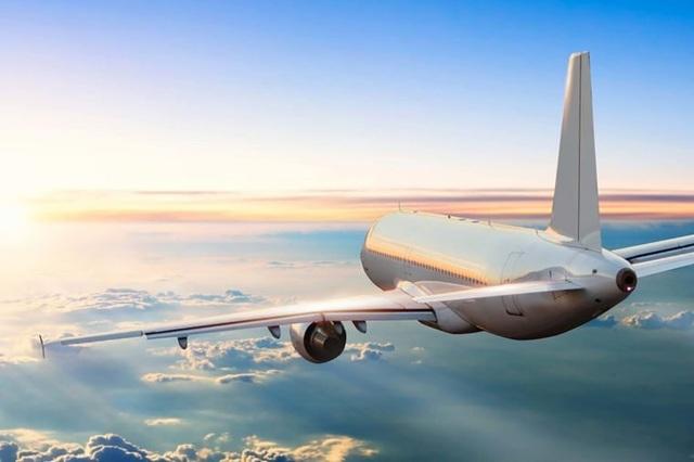 Vì sao hầu hết máy bay thương mại đều sơn màu trắng? - 3