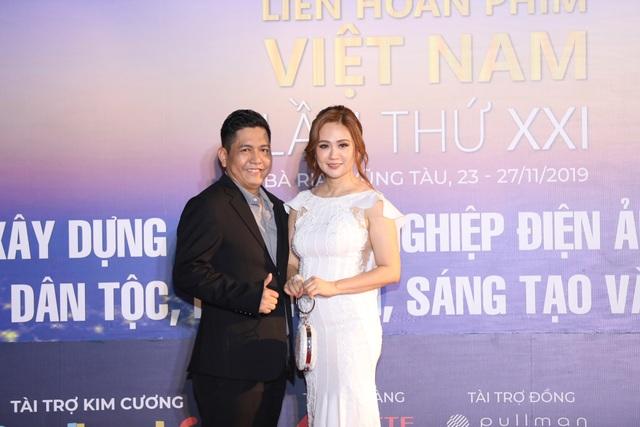 Xúc động cảnh vợ chồng nghệ sĩ gạo cội dìu nhau đến dự Liên hoan phim Việt Nam - 10