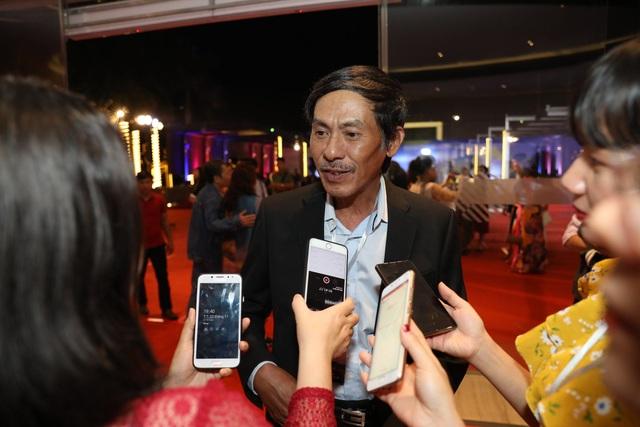 Xúc động cảnh vợ chồng nghệ sĩ gạo cội dìu nhau đến dự Liên hoan phim Việt Nam - 5