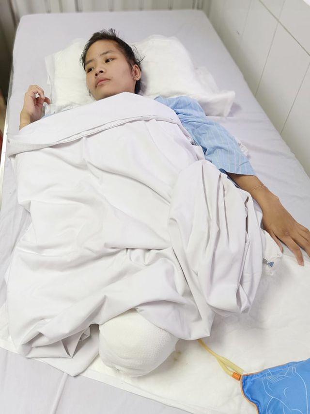 Xót xa người vợ trẻ bị xe tải nghiến nát đôi chân đúng ngày về quê chịu tang ông nội - 3
