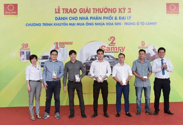 """Tập đoàn Hoa Sen trao thưởng """"khủng"""" đợt 2 cho các nhà phân phối, đại lý - 3"""
