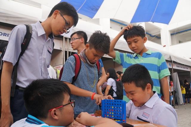 TPHCM: Gần 5.000 học sinh tham gia ngày hội Toán học mở 2019 - 3