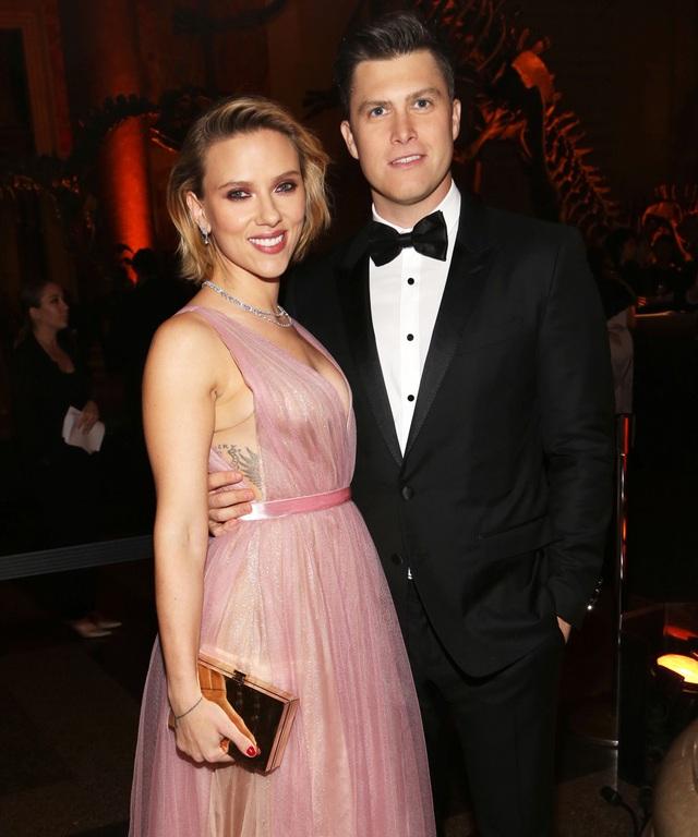 Bạn trai và chồng cũ của Scarlett Johansson gặp gỡ thân mật trên truyền hình - 2
