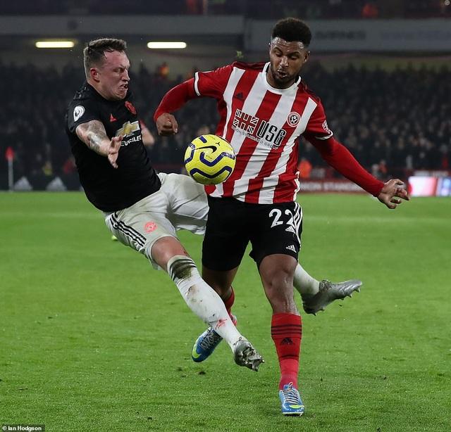 """Sheffield United 3-3 Man Utd: Bảy phút kỳ lạ của """"Quỷ đỏ"""" - 3"""