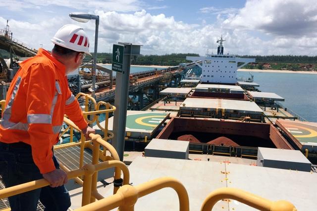 Thỏa thuận bô xít của Trung Quốc với Ghana: Bẫy nợ, ô nhiễm môi trường và các mối đe dọa tiềm ẩn - 2