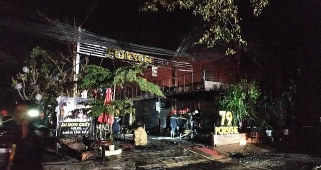 Quán bar cháy dữ dội trong đêm, hơn 70 người bỏ chạy tán loạn - 3