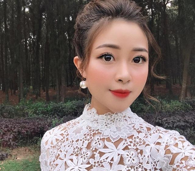 Cầu thủ Phan Văn Đức lần đầu công khai bạn gái hot girl giữa tin đồn sắp kết hôn - 2