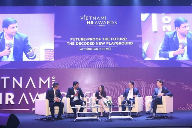 Vietnam HR Awards Forum 2019: Khi lãnh đạo Google, Lazada, Nestlé đem bí quyết chiến lược ra bàn tròn nhân sự - 1