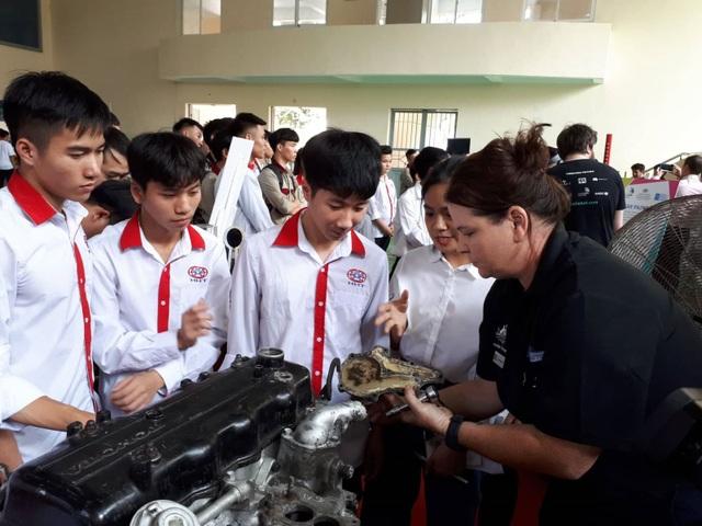 Thợ nghề trẻ Việt - Australia thể hiện tài năng - 2