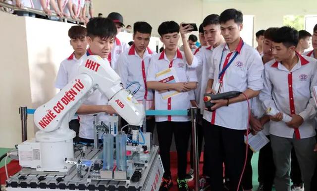 Thợ nghề trẻ Việt - Australia thể hiện tài năng - 3