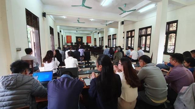 Ông Trương Minh Tuấn vắng mặt, hoãn phiên tòa xử thuộc cấp - 4