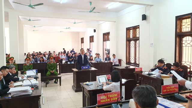 Ông Trương Minh Tuấn vắng mặt, hoãn phiên tòa xử thuộc cấp - 1