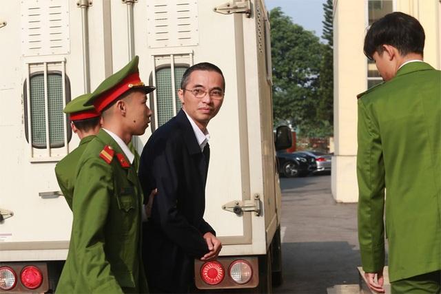 Ông Trương Minh Tuấn vắng mặt, hoãn phiên tòa xử thuộc cấp - 5