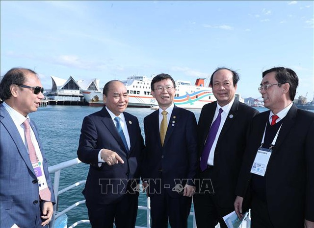Thủ tướng Nguyễn Xuân Phúc tiếp Thị trưởng thành phố Busan, Hàn Quốc - 2