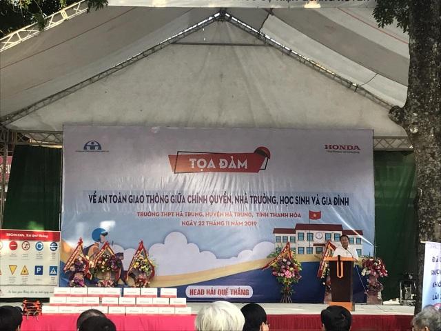 2.000 chiếc mũ bảo hiểm Honda được trao đến tay học sinh tỉnh Thanh Hóa - 3