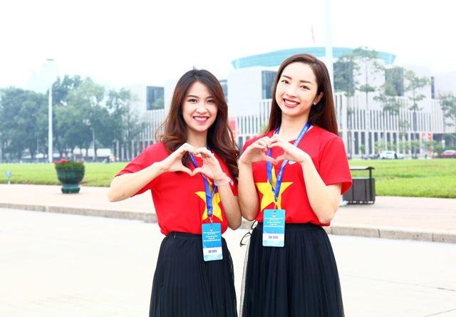 Trí thức trẻ Việt Nam trên thế giới về thăm Thủ đô, nuôi dưỡng tình yêu quê hương - 1