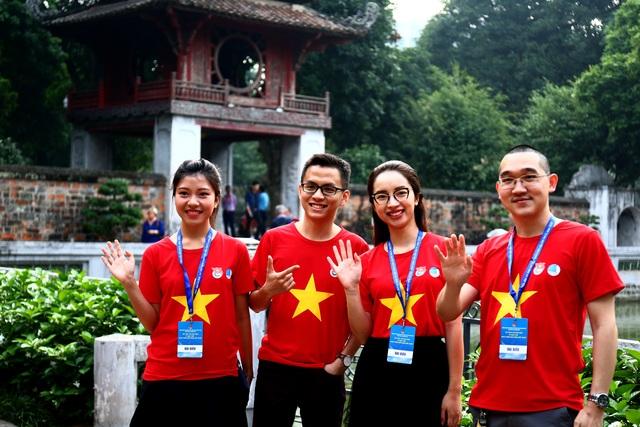 Trí thức trẻ Việt Nam trên thế giới về thăm Thủ đô, nuôi dưỡng tình yêu quê hương - 8