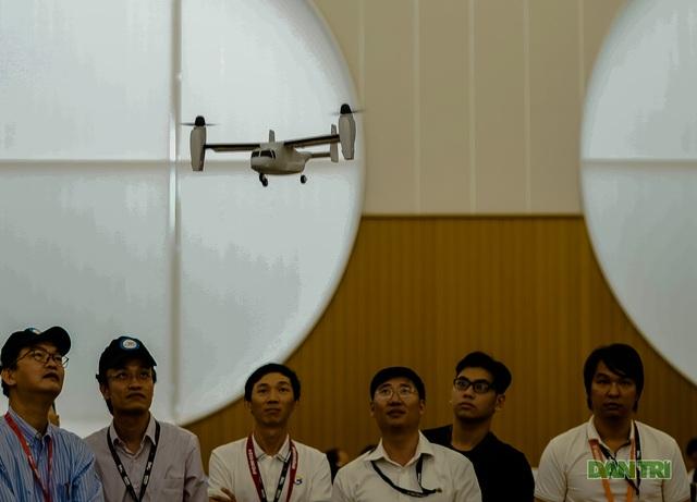 Thích thú với thiết bị dẫn đường của ngành quản lý bay - 11