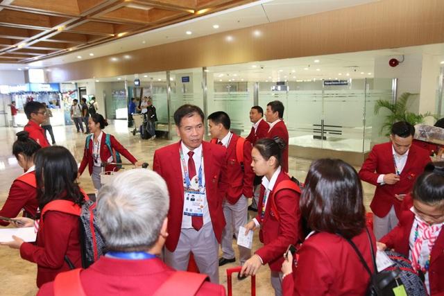 Đoàn thể thao Việt Nam háo hức lên đường dự SEA Games - 5