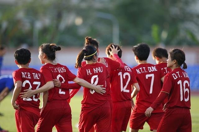 Nữ Việt Nam 1-1 Nữ Thái Lan: Tiếc cho thầy trò HLV Mai Đức Chung - 4