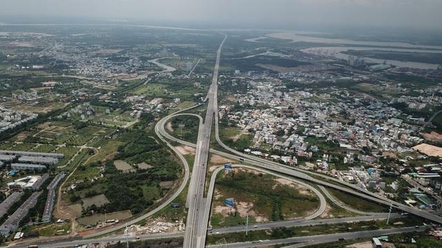 Giá đất trên các trục đường chính Nhơn Trạch nhảy múa theo hạ tầng - 2