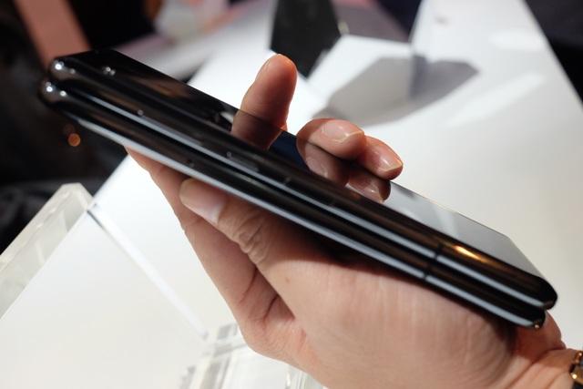 Galaxy Fold chính thức ra mắt tại Việt Nam, giá từ 50 triệu đồng - 8