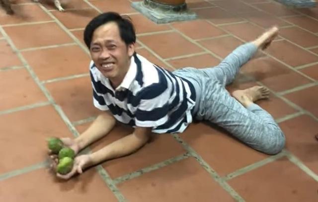 """Danh hài Hoài Linh gây """"bão"""" vì hành động nhỏ sau thời gian """"mất tích"""" - 3"""