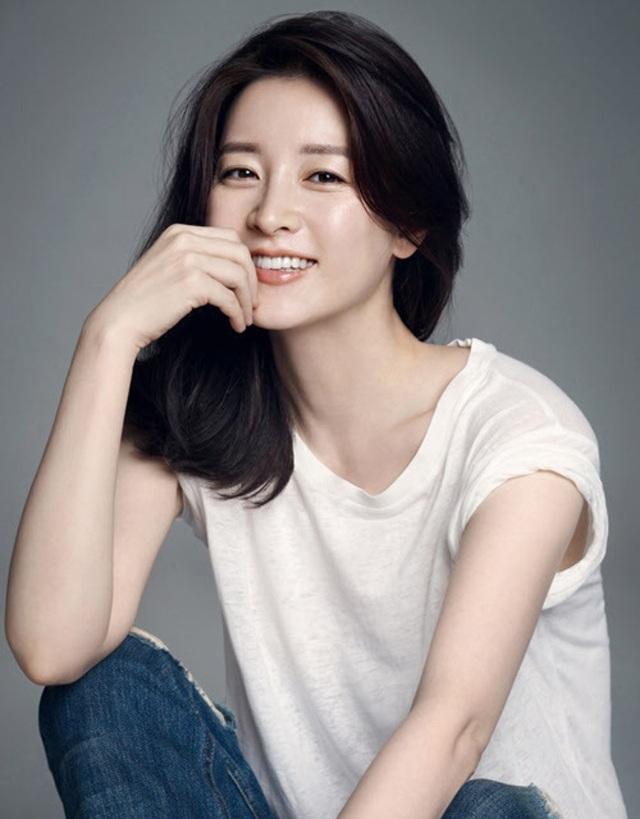 """""""Nàng Dae Jang Geum"""" Lee Young Ae đồng cảm sâu sắc với Goo Hara - 1"""